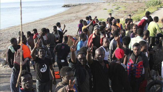 numero-inmigrantes-muertos-Ceuta-eleva_EDIIMA20140206_0190_4