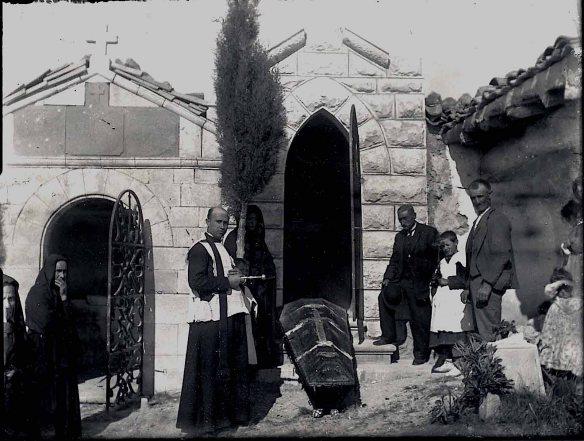 Cementerio Azcona 1909 (2)